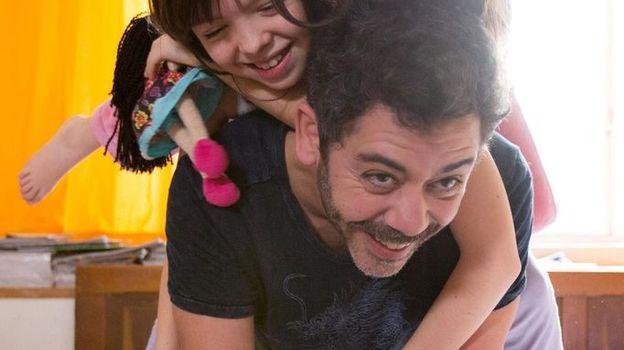 Manu Payet : ses confidences sur son nouveau rôle de père