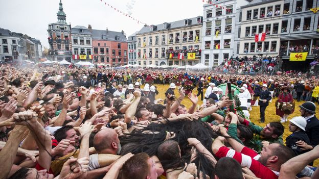 Ce dimanche dans l'Avis des Belges