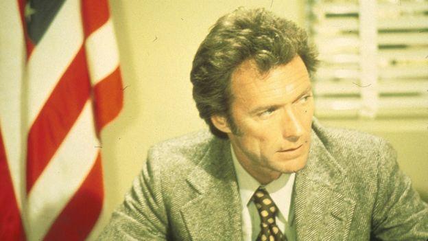 Clint dans le rôle de l'inspecteur Harry.