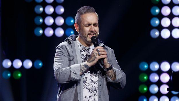 """The Voice Belgique : le """"buzz de cœur"""" de Slimane"""