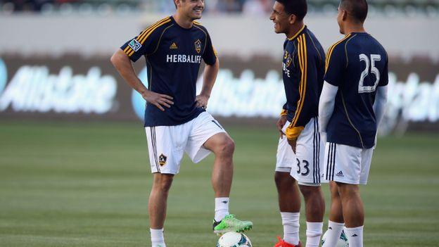 Robbie Rogers et ses coéquipiers de Los Angeles Galaxy.