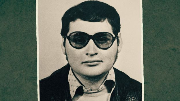 Carlos le terroriste dans Retour aux sources