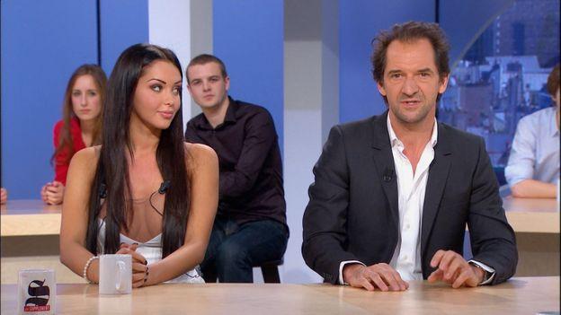 Stéphane De Groodt  lors d'un célèbre plateau avec Nabila