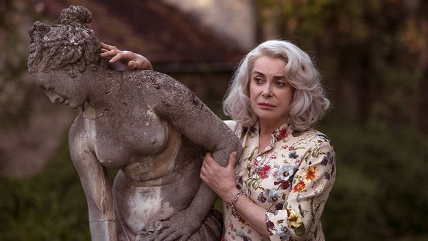 "Catherine Deneuve est ""Claire Darling"""