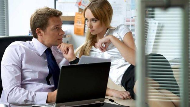 """Devrait-on instaurer des """"pauses sexe"""" au travail? - © Tous droits réservés"""