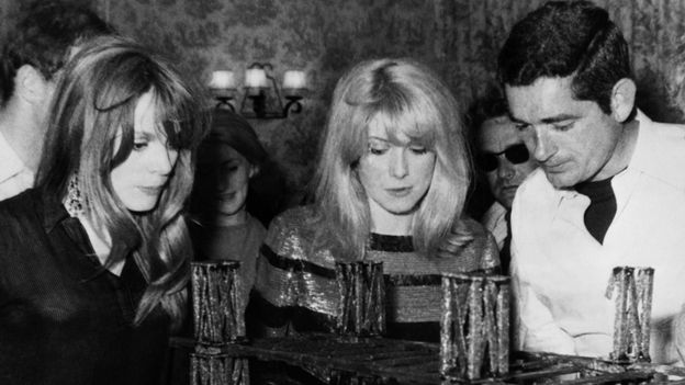 Françoise Dorléac, Catherine Deneuve et Jacques Demy.