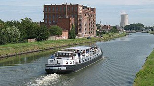 Au bord du Canal Charleroi-Bruxelles