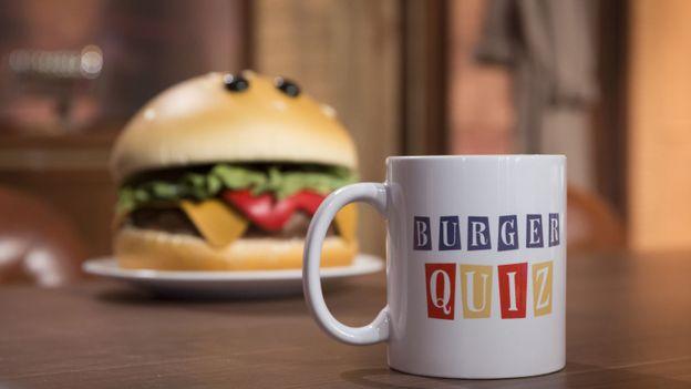"""François Damiens, invité dans """"Burger Quiz"""" !"""