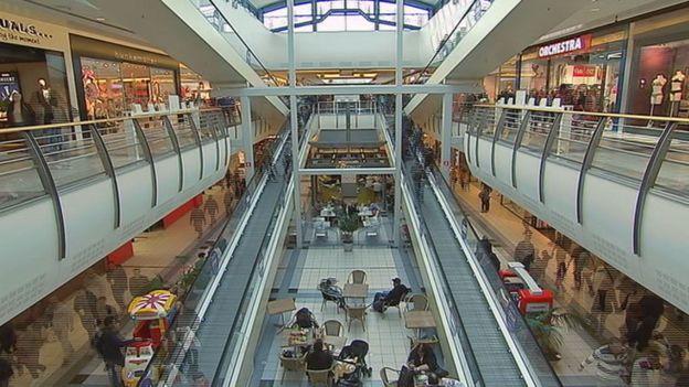 Centres commerciaux : la folie des grandeurs ?