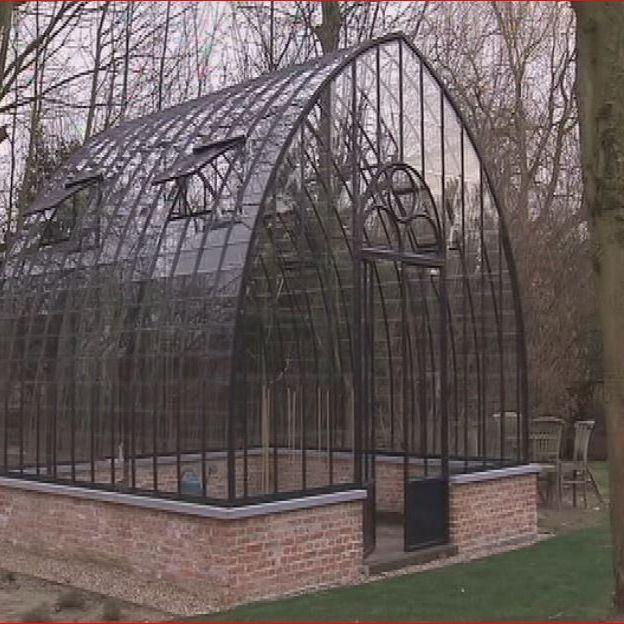 les serres l 39 ancienne de donald rtbf jardins loisirs. Black Bedroom Furniture Sets. Home Design Ideas