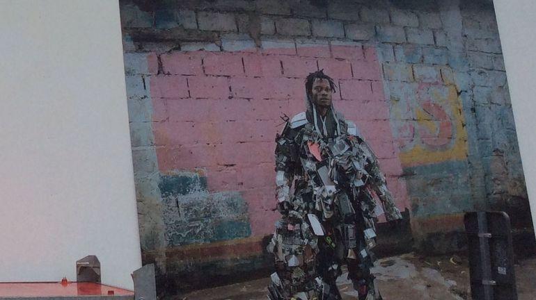 Fulu Act, les photographies de Colin Delfosse : l'Afrique questionne les murs de Bozar