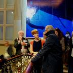 Une œuvre d'art contemporain unique, dans un espace historique unique, on ne peut mieux définir l'installation du Regard en dedans, l'œuvre qu'a créée Jan Fabre pour l'escalier royal des Musées Royaux des Beaux-Arts. Images de l'inauguration.