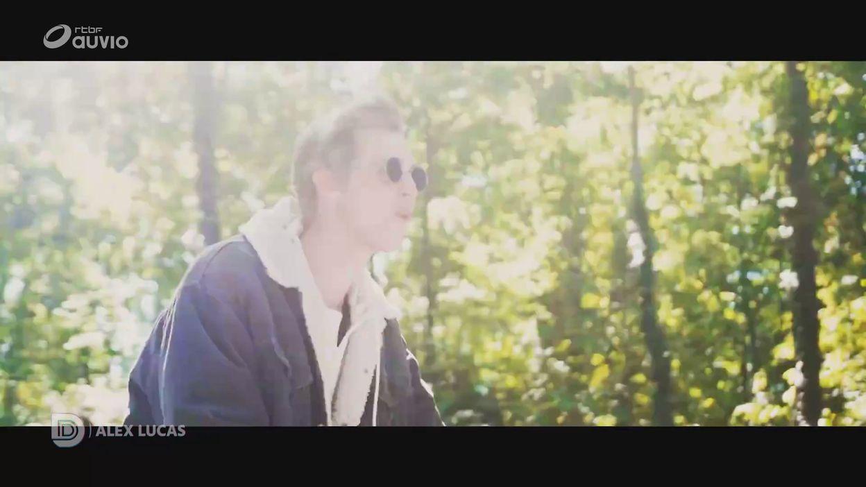 DECIBELS - Music trip