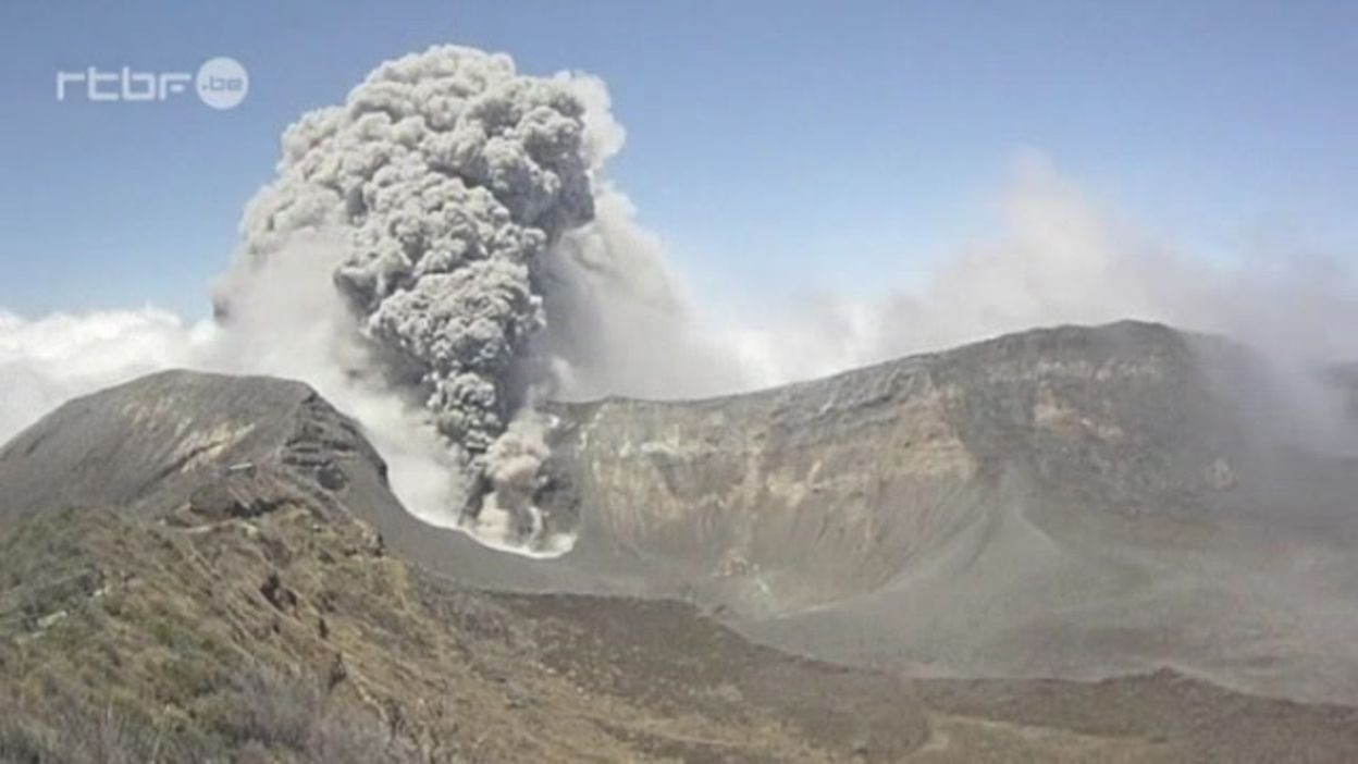 Eruption d'un volcan au Costa Rica