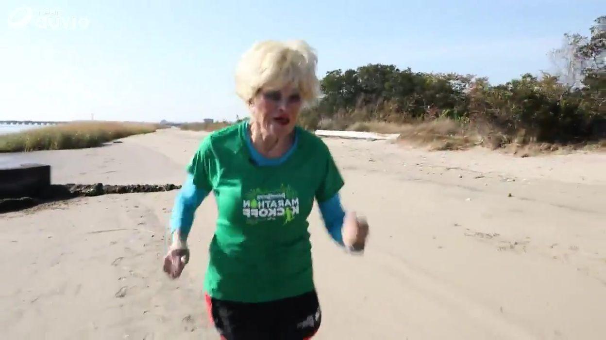 Entrainement de Ginette Bedard en vue du marathon de New York, dans la baie de Jamaïca