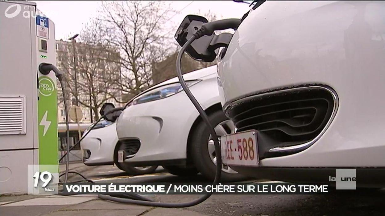 voiture electrique 5 places good smart ed voiture toute lectrique with voiture electrique 5. Black Bedroom Furniture Sets. Home Design Ideas