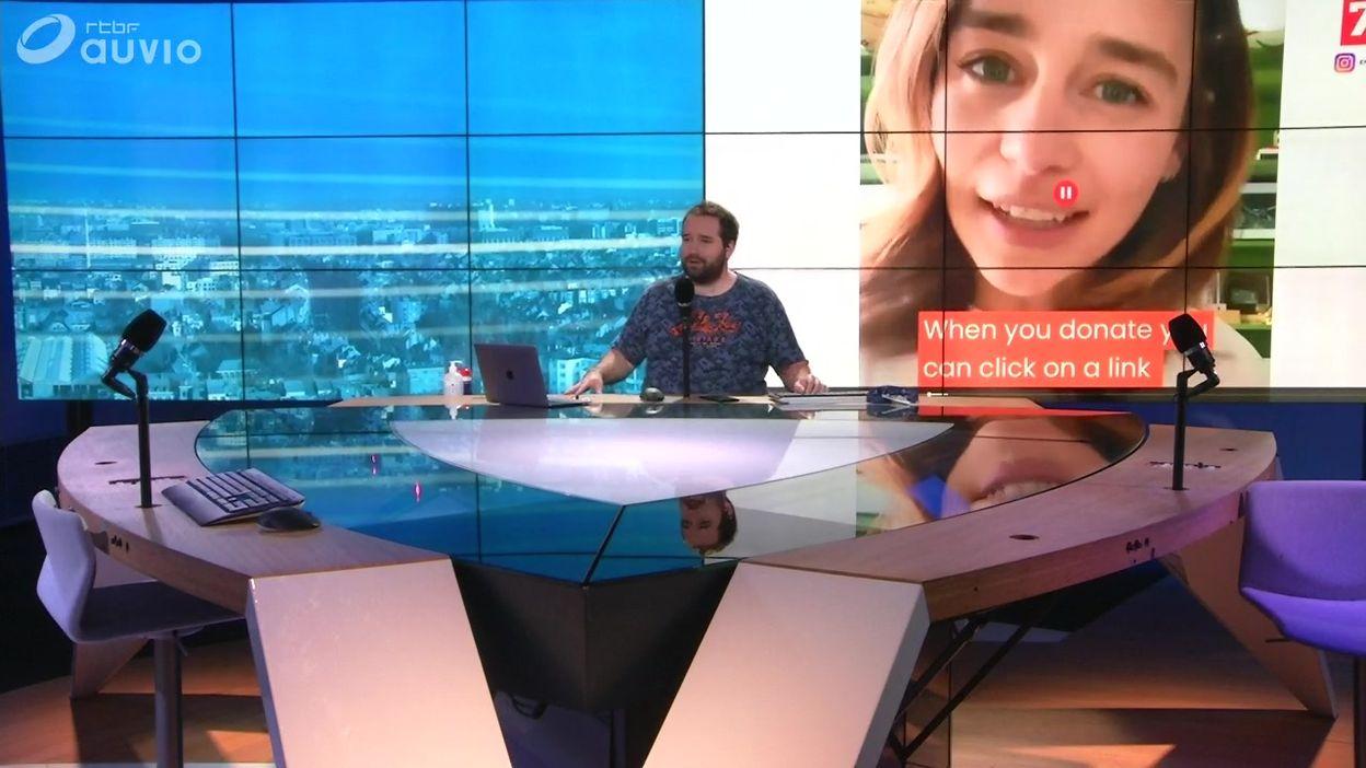 L'actrice Emilia Clarke propose à ses fans un dîner virtuel en tête-à-tête pour la bonne cause