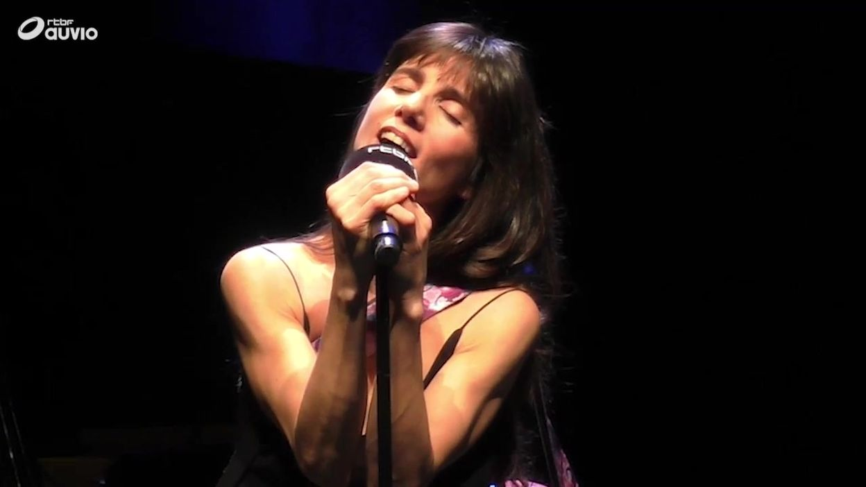 'Rara' par Marina Cedro (LIVE)