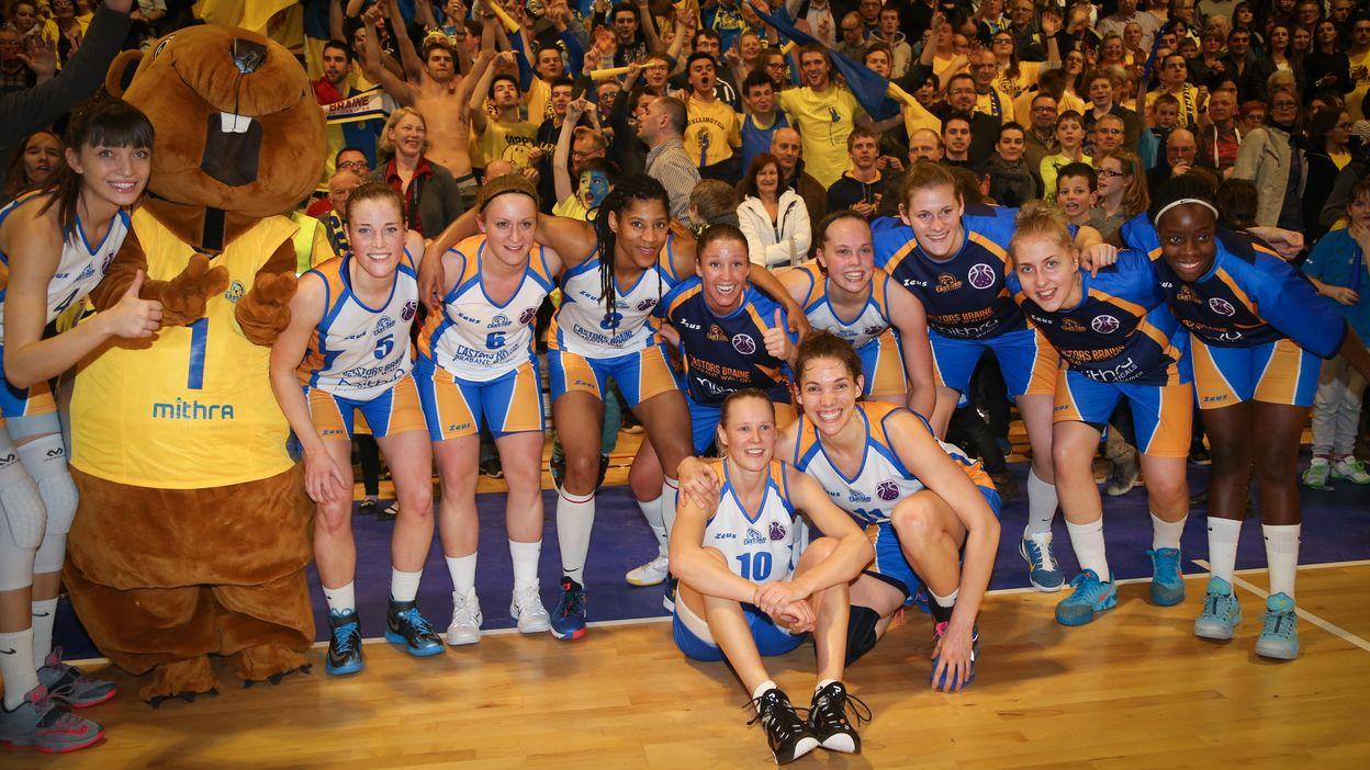 Faire Un Demi Terrain De Basket les castorettes qualifiées pour une finale historique - basket dames -  eurocoupe - 06/03/2015