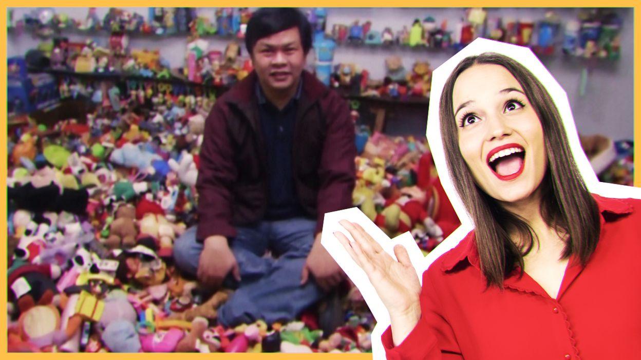Il a plus de 20 000 jouets de fast food !