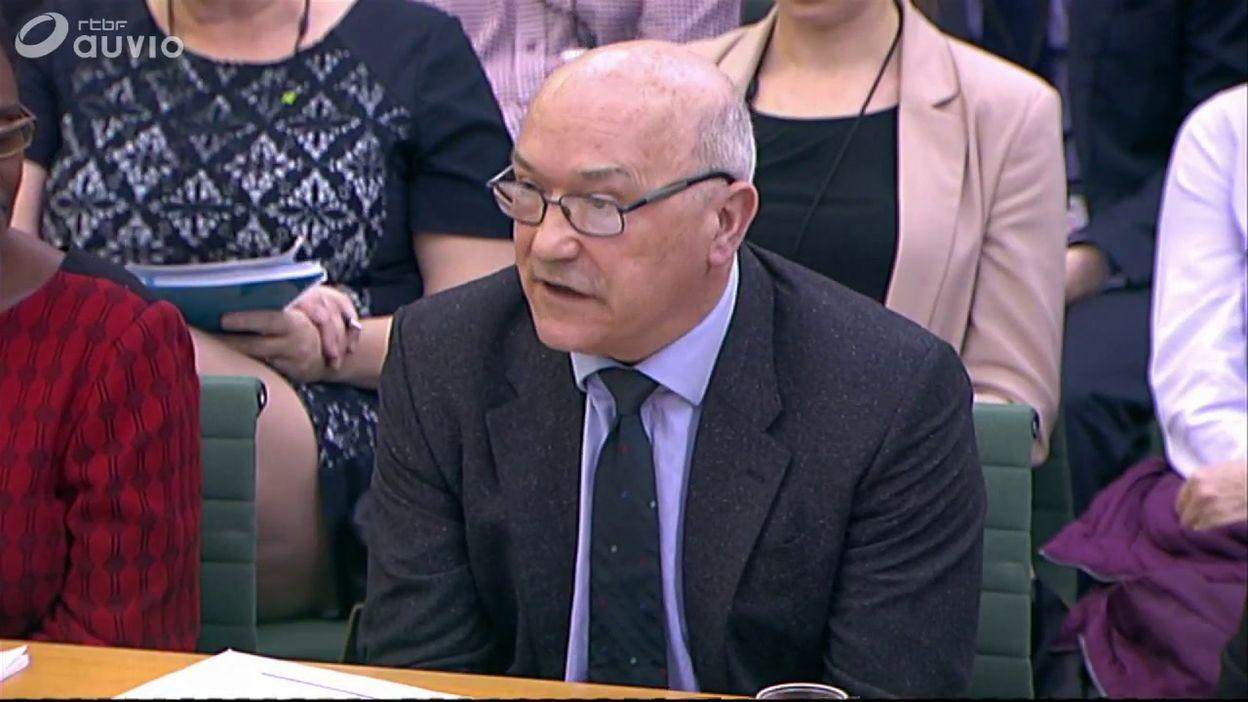 Mark Goldring, le CEO d'Oxfam, affirme que l'ONG enquête sur 26 cas (anglais)