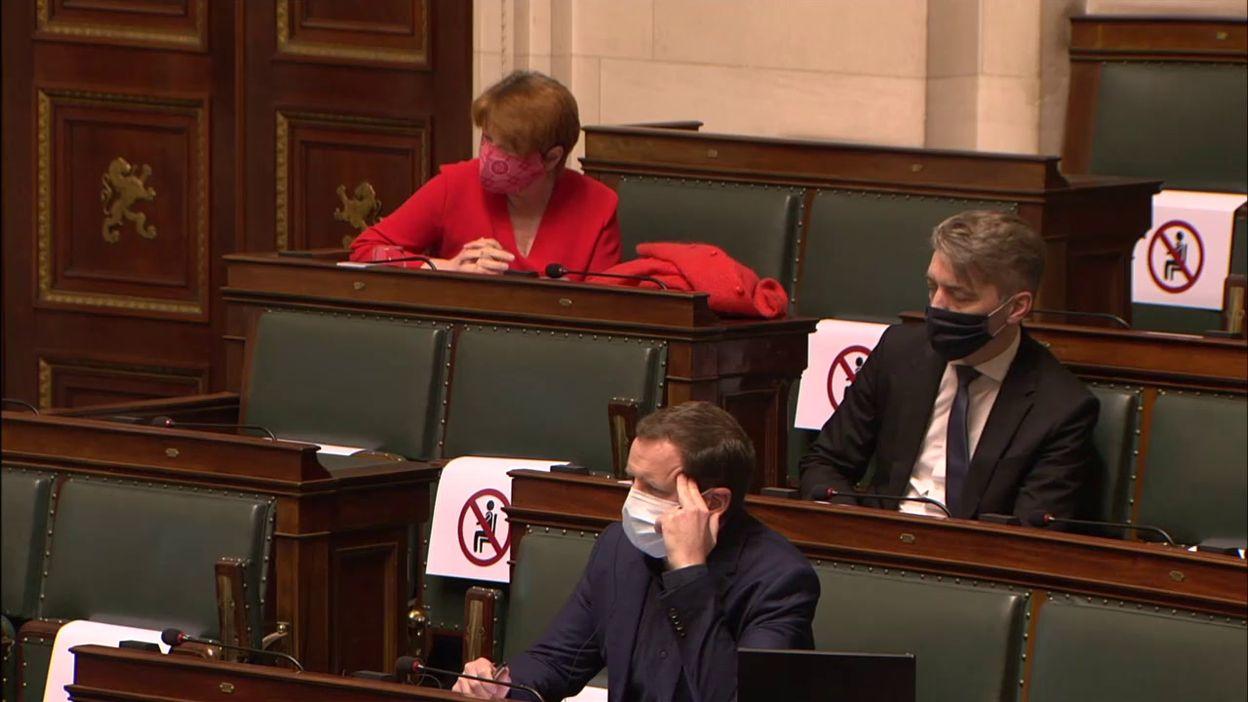 Franck Vandenbroucke, le ministre de la Santé, interrogé à la Chambre à propos du variant britannique