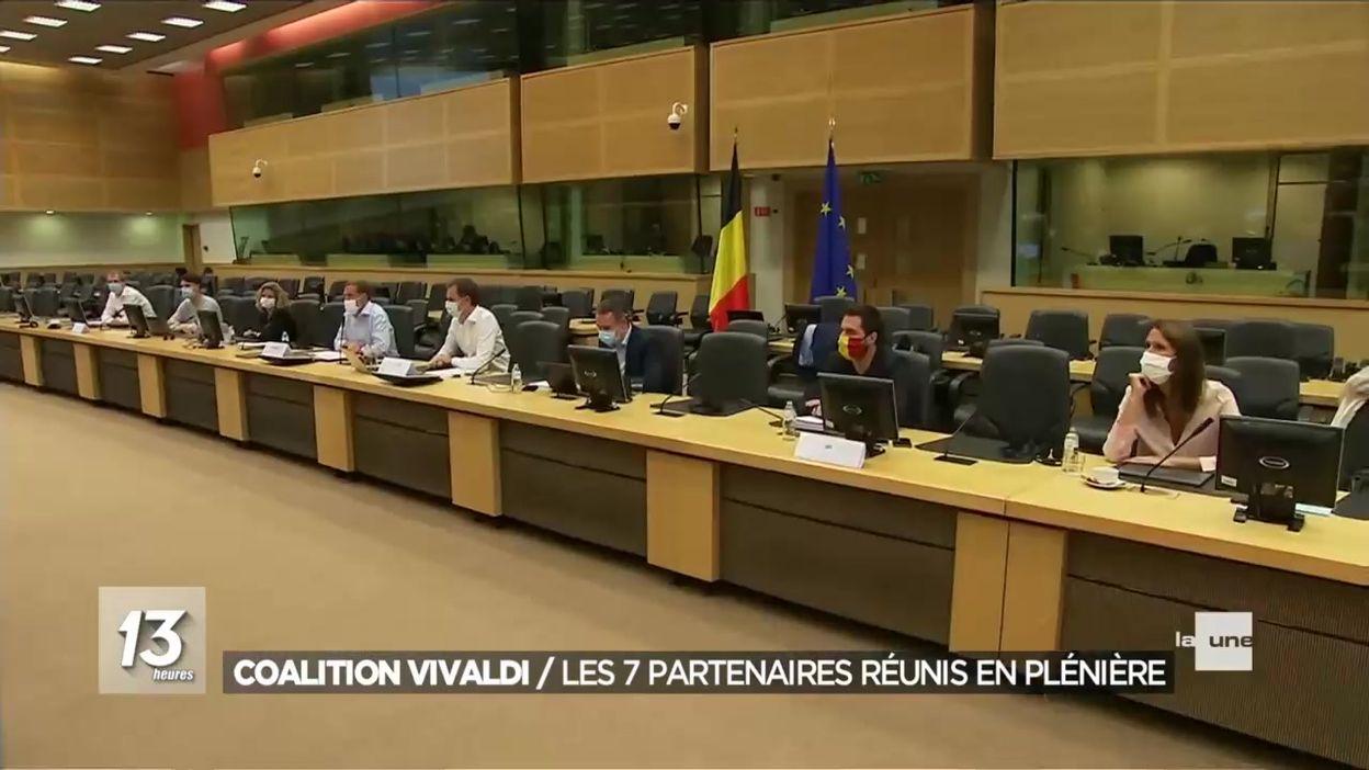 Coalition Vivaldi : les 7 partis en plénière, De Croo et Magnette formateurs