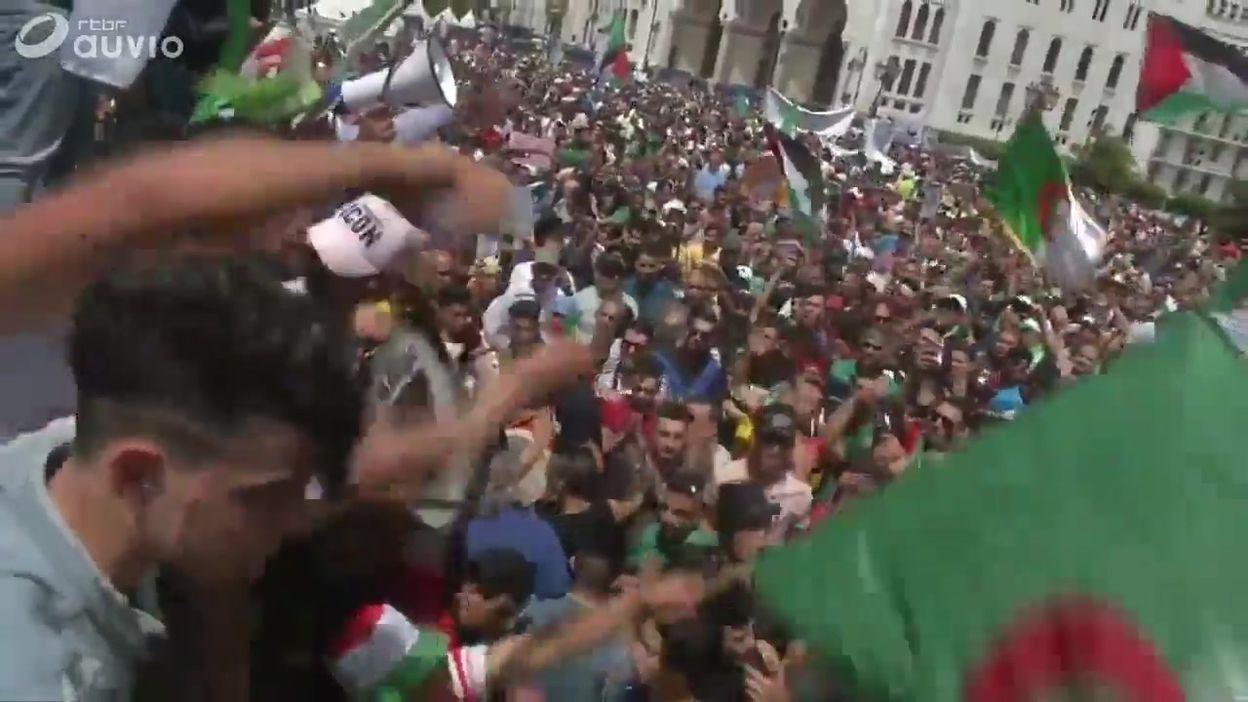 Protestations dans les rues d'Alger, ce vendredi 7 juin