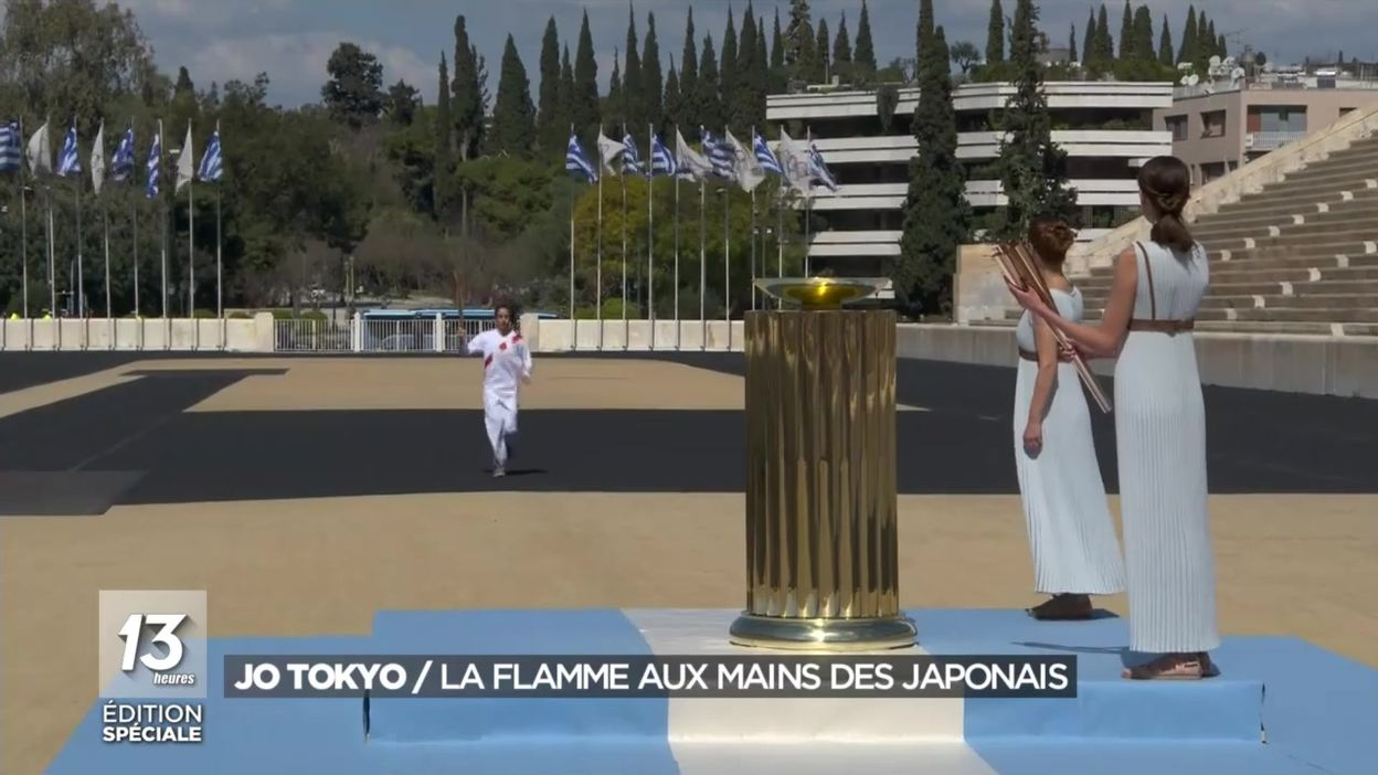 Jeux Olympiques de Tokyo : la flamme aux mains des Japonais