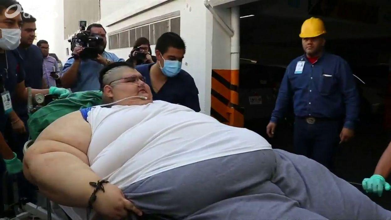 Homme Le Plus Gros Du Monde l'homme le plus gros du monde se fait opérer - 10/05/2017 - vidéos