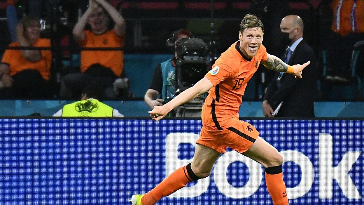 2-0 : But de Wout Weghorst