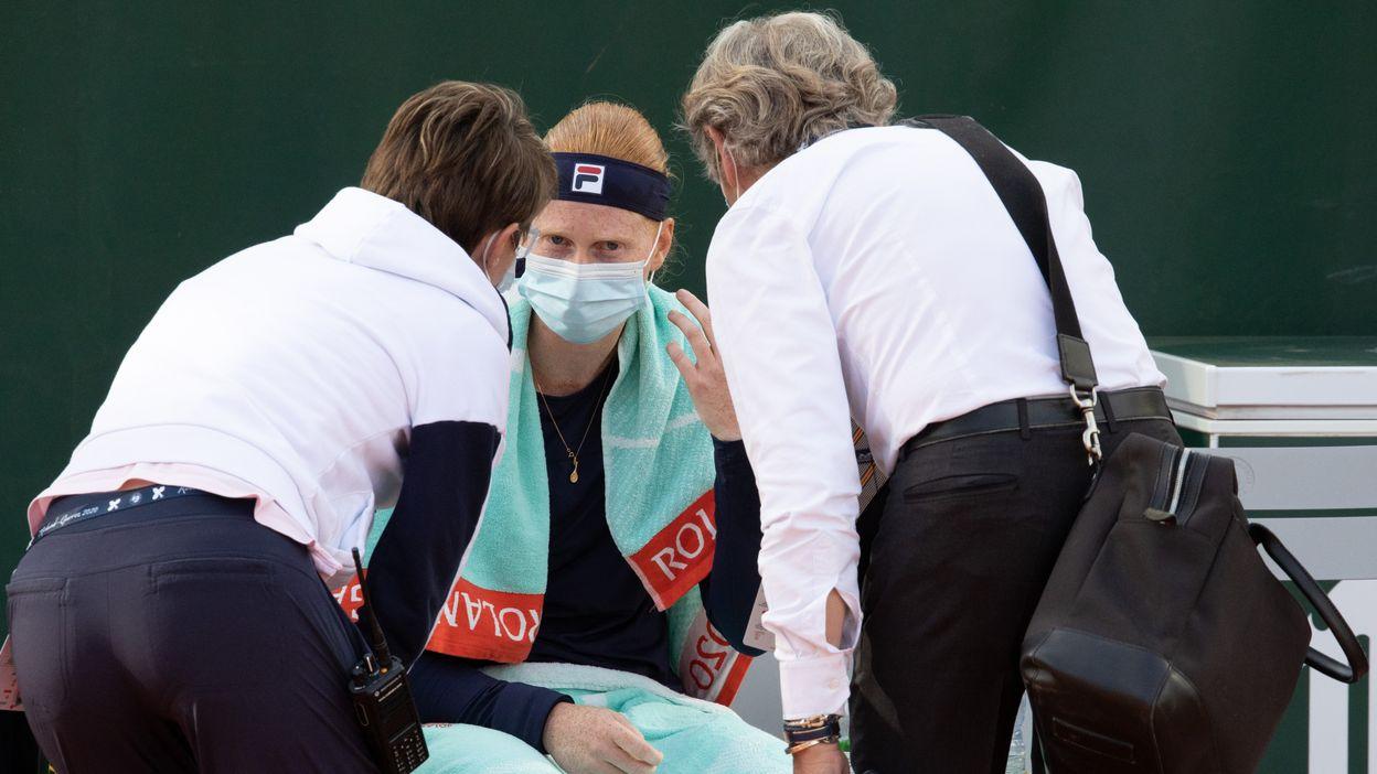 Alison Van Uytvanck après son abandon à Roland-Garros