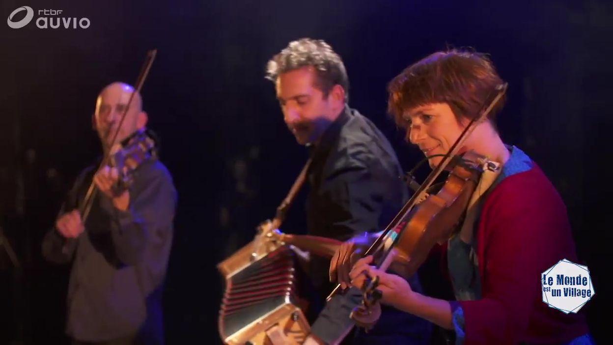 'Danses nuptiales de Transylvanie' par Trio Trad