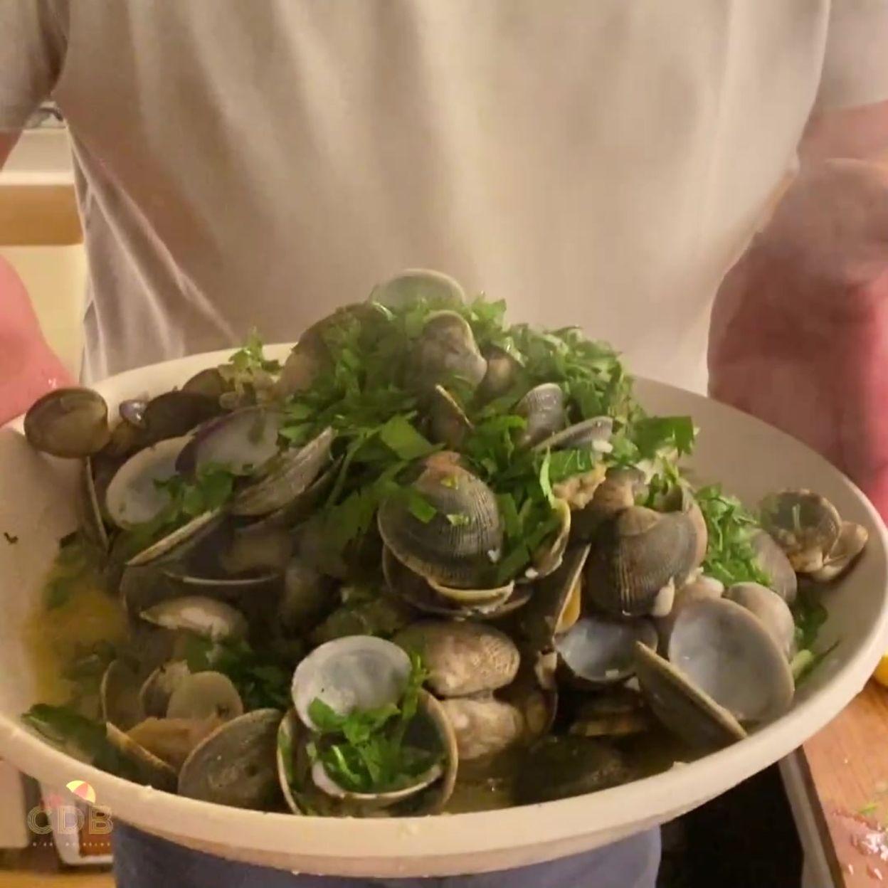C'est du bon, c'est du belge : recette Amêijoas (palourdes) à Bulhão Pato