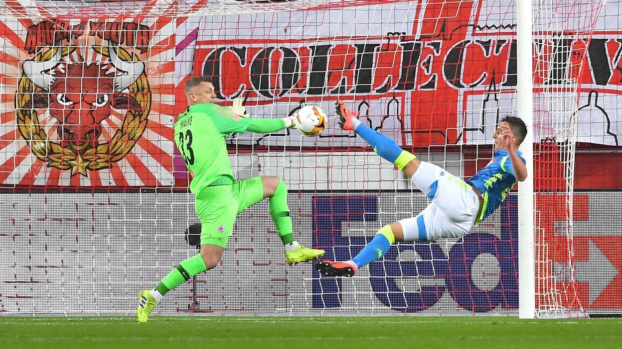 0-1 : But de Arkadiusz Milik