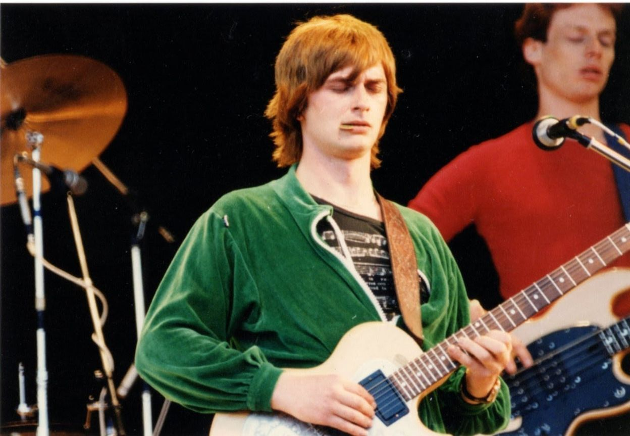 c7fbce1ef37a Mike Oldfield - Tubular Bells part 1 (Live at Knebworth 1980) HQ Video