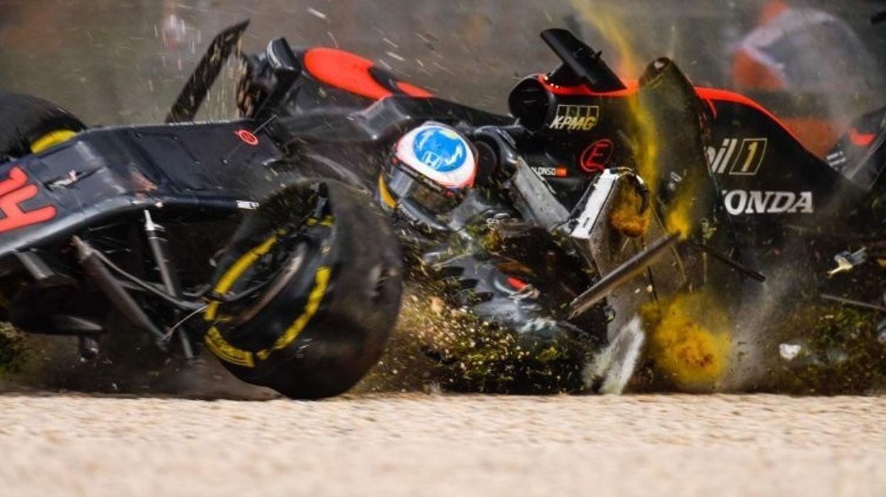 GP Australie 2016 : Le crash de Fernando Alonso