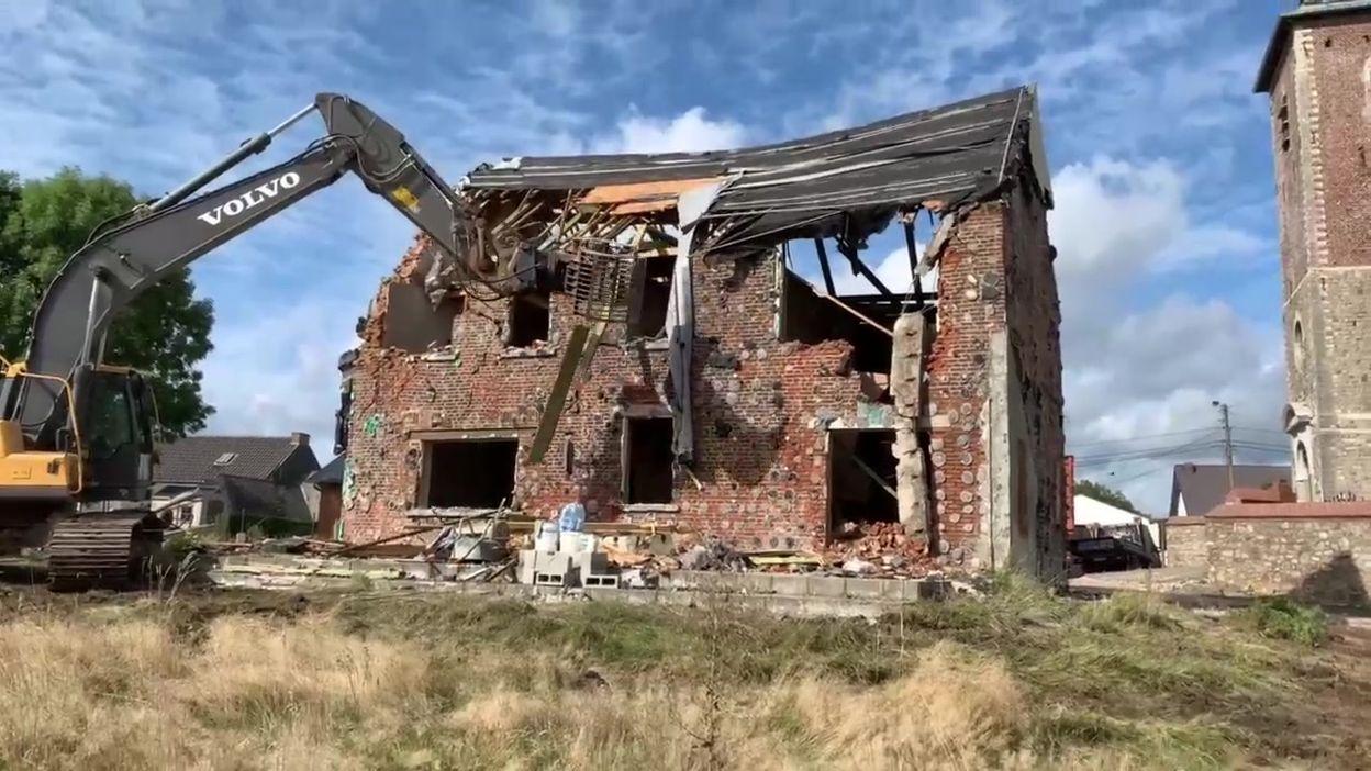 #Investigation: après la faillite d'un entrepreneur, une famille a dû détruire sa maison 8343c1e7394a5de401d2ce493481facd