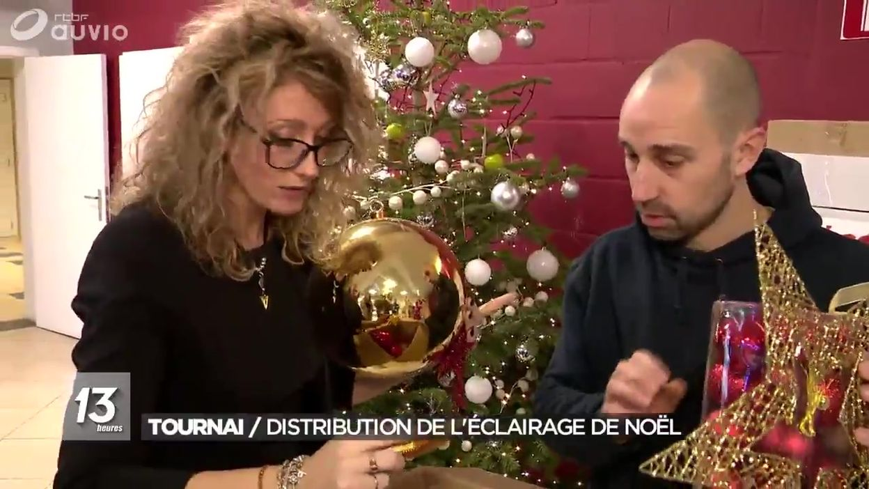 Tournai : distribution des décorations de Noël