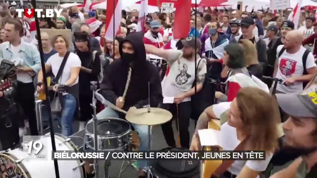 Biélorussie : les jeunes en tête contre le président