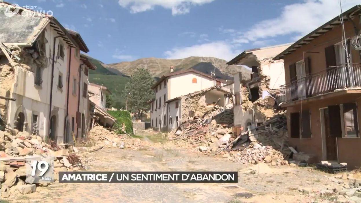 Un an après le séisme à Amatrice dans le centre de l'Italie