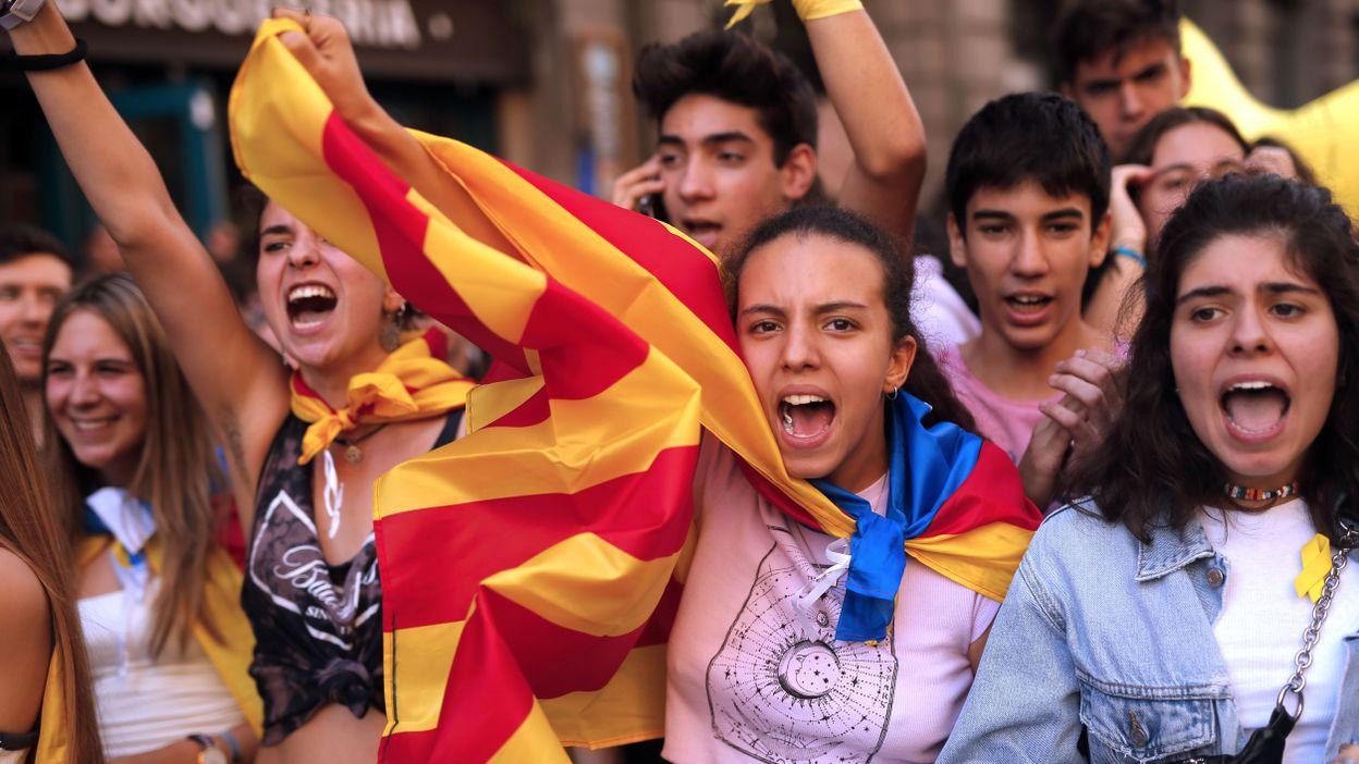Indépendantisme catalan: manifestation étudiante dans les rues de Barcelone, ce 17 octobre