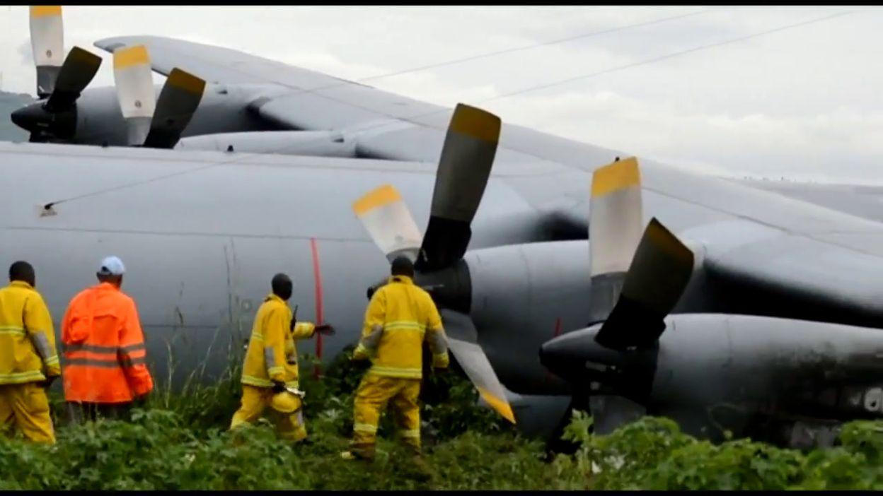 RDC: un avion militaire rate son atterrissage à Goma sans faire de victime (photos)