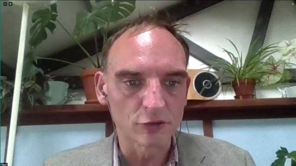 Edgar Szoc – Le corona s'attaque au futur gouvernement