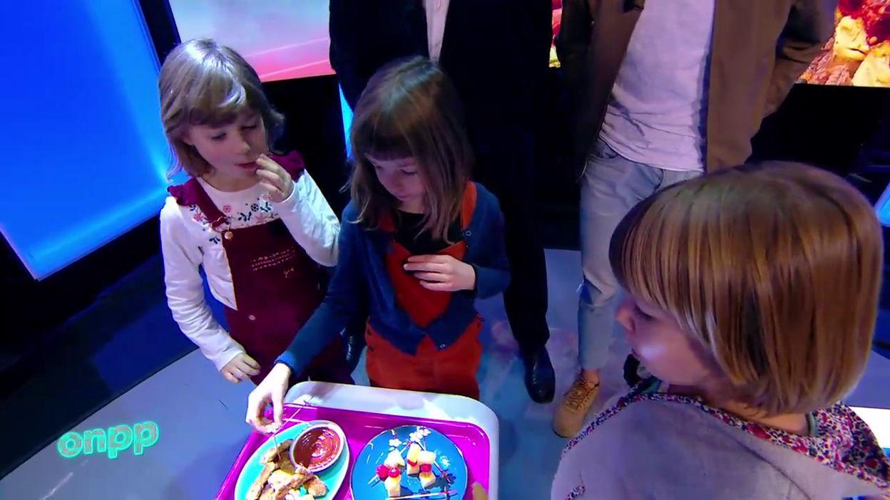 Fanny et Carlo au défi pour une dégustation d'apéros pour enfants