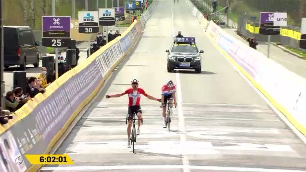 Tour des Flandres:  Asgreen s'impose devant van der Poel