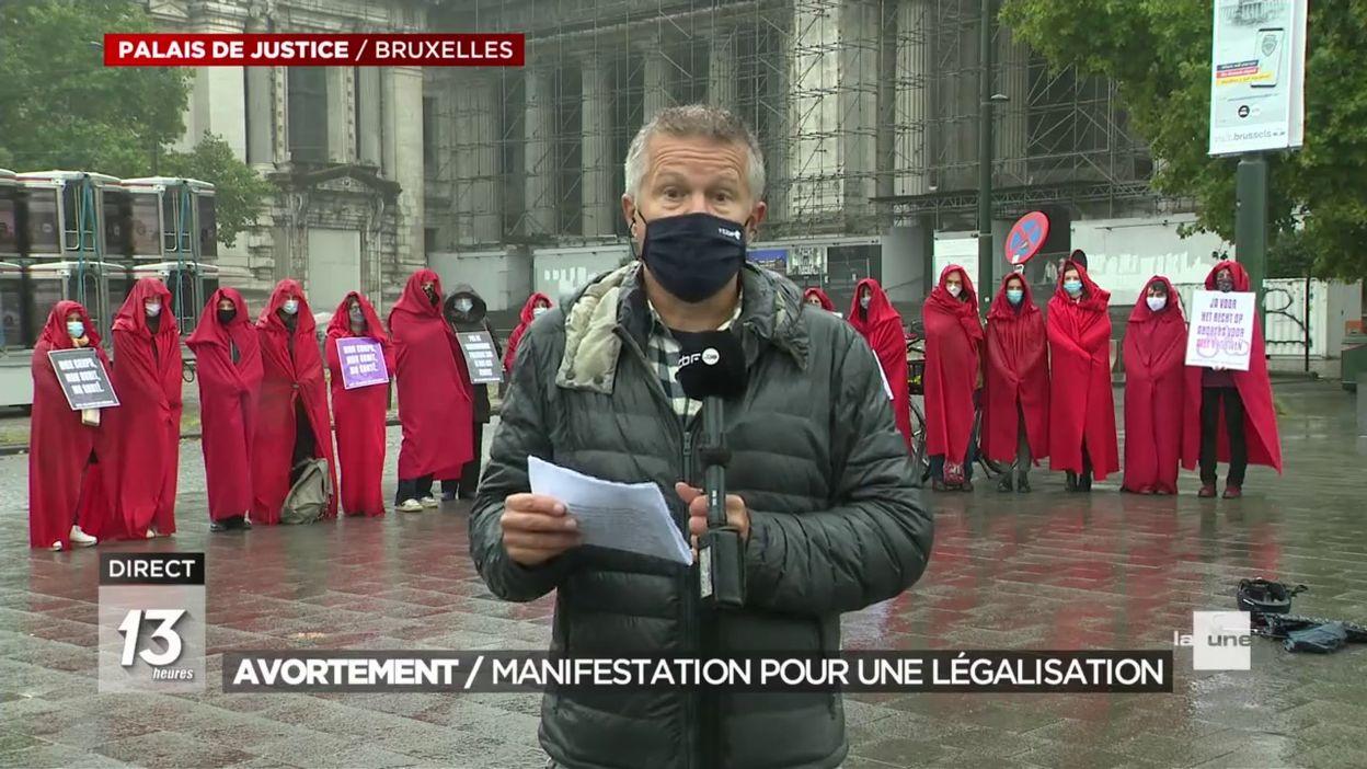 Manifestations pour le droit à l avortement