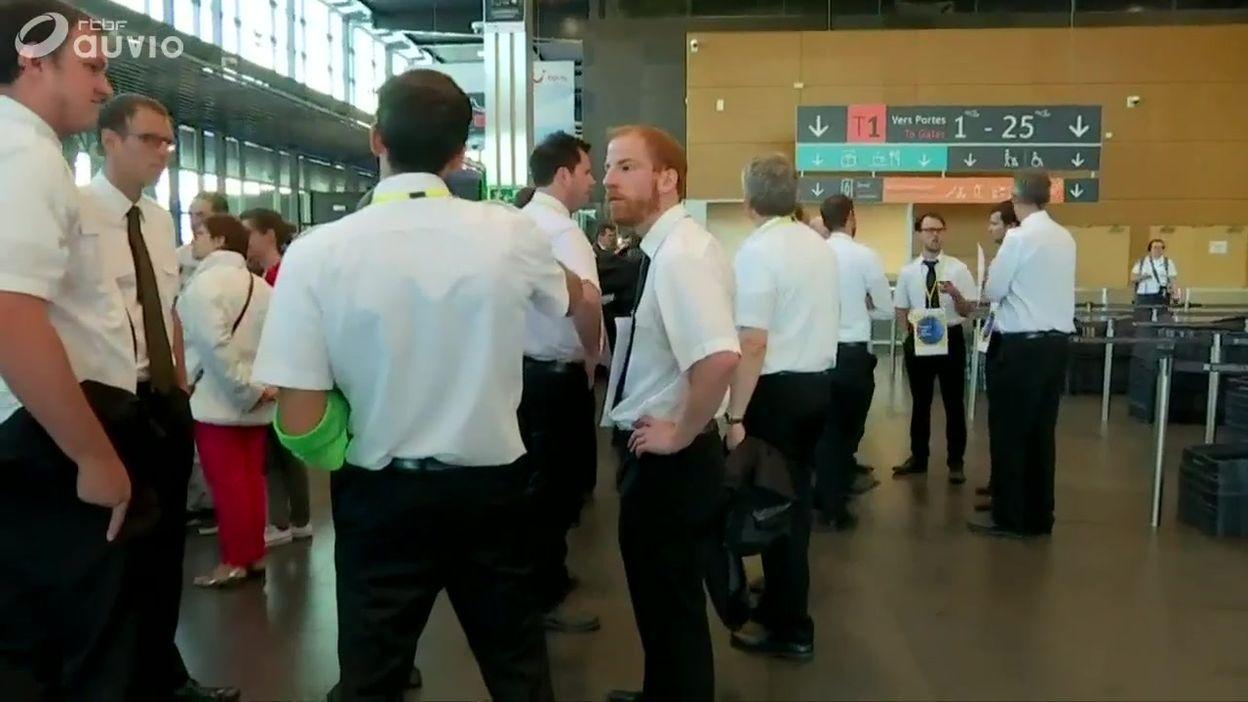 Grève des pilotes Ryanair à l'aéroport de Charleroi:  98 vols supprimés en Belgique
