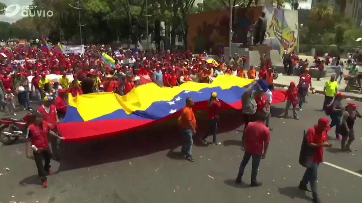 Manifestation pro-Maduro dans les rues de Caracas, ce 23 mars