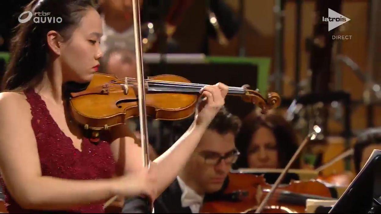 Queen Elisabeth - Stella Chen - l'imposé